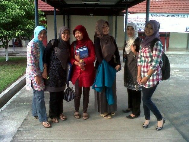 Teman teman S2 PTK TI FT UNP 2012